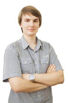 Антон Лукьянов